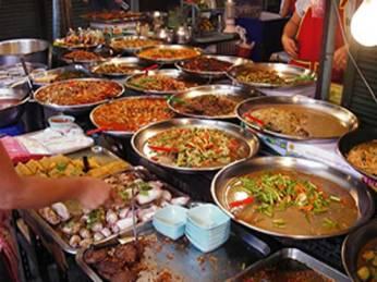 29-1432888627-street-food-600