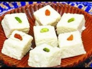 Sandesh (pronounced sondesh) - a popular local Bengali sweet