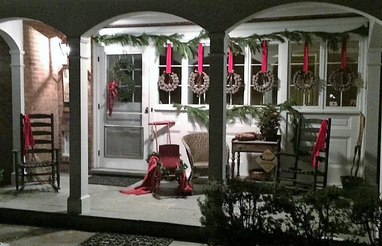 Dawn's Christmas Decor