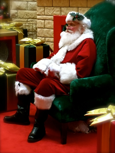 Santa (incahootwithboots)